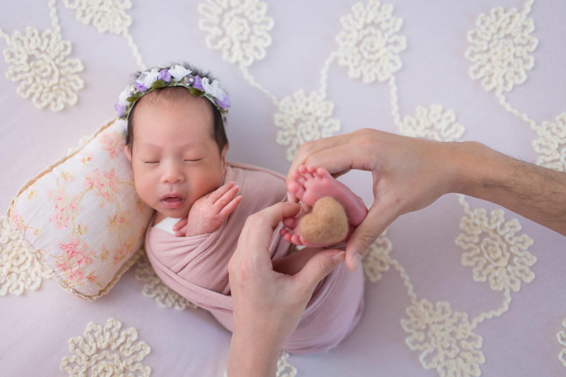 育兒日記|2個月成功睡過夜 !睡過夜秘訣3大招分享,奶量調整、睡眠環境、睡前儀式,還有2個睡過夜小幫手!